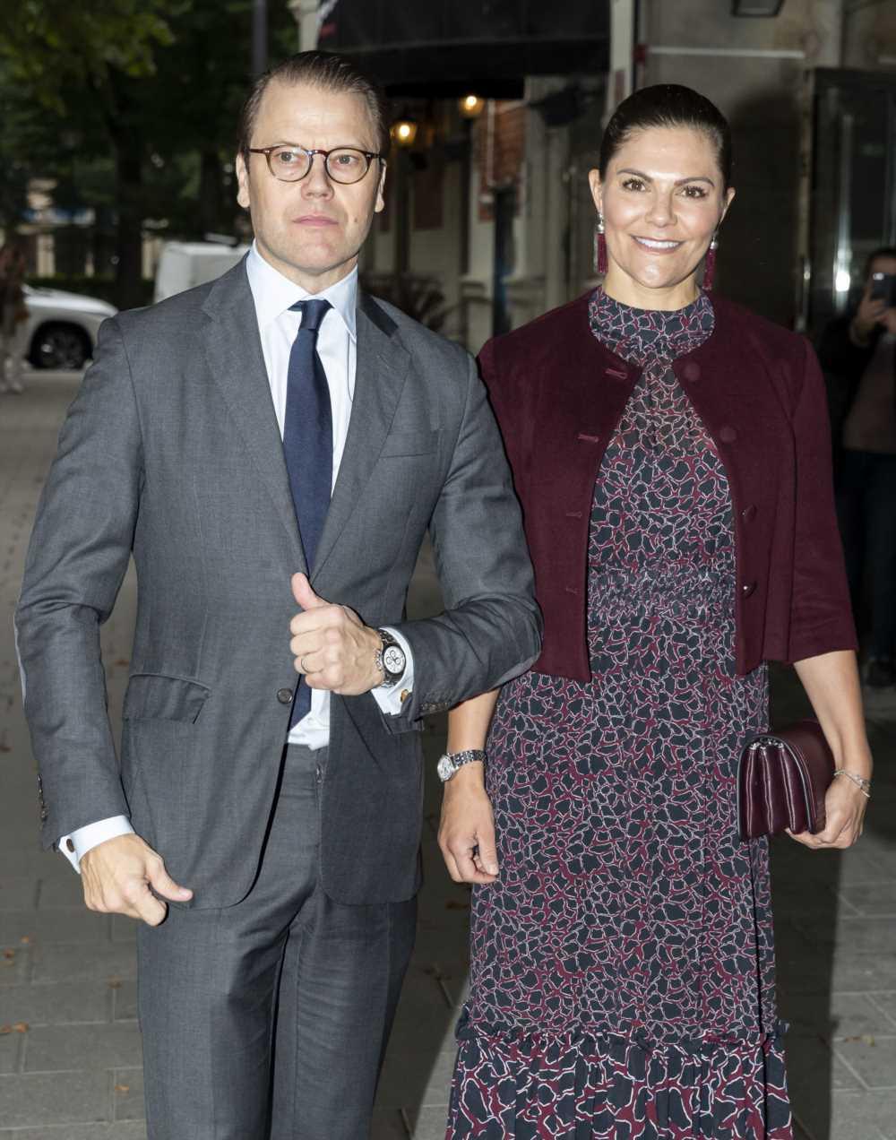 La princesa Victoria de Suecia y su marido, Daniel Westling, dan positivo en coronavirus