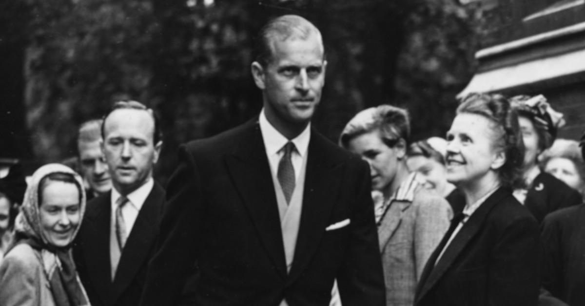 Como dos gotas de agua: la foto de 1957 que demuestra que Felipe de Edimburgo de joven era igual que el príncipe Harry