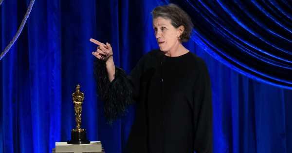 Este es el emotivo significado de los aullidos que soltó Frances McDormand recogiendo el Oscar