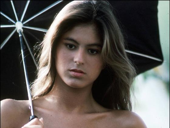 Icono de estilo en los 80, la más guapa de sus hermanas y hermética a más no poder, ¿por qué Chábeli Iglesias huyó a Miami y ahora no quier saber nada de la fama familiar?