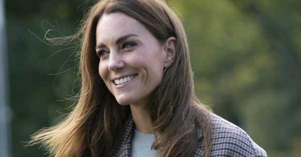 Kate Middleton, de vuelta a la rutina: sale de compras por Londres con sus hijos (y así les enseña a 'administrar' sus pequeños ahorros)