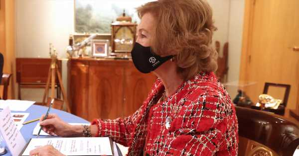 La mascarilla vasca de la reina Sofía que también es ecológica (como ella)