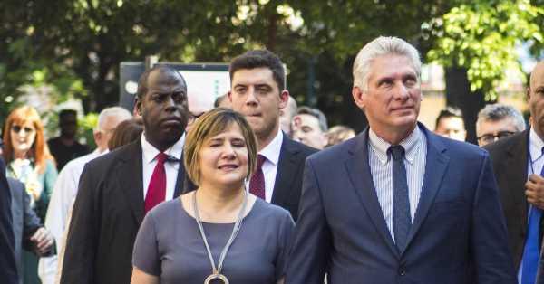 Lis Cuesta Peraza: así cedió Cuba al burgués concepto de primera dama