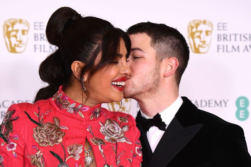 Los mejores looks de la alfombra roja de los premios BAFTA 2021