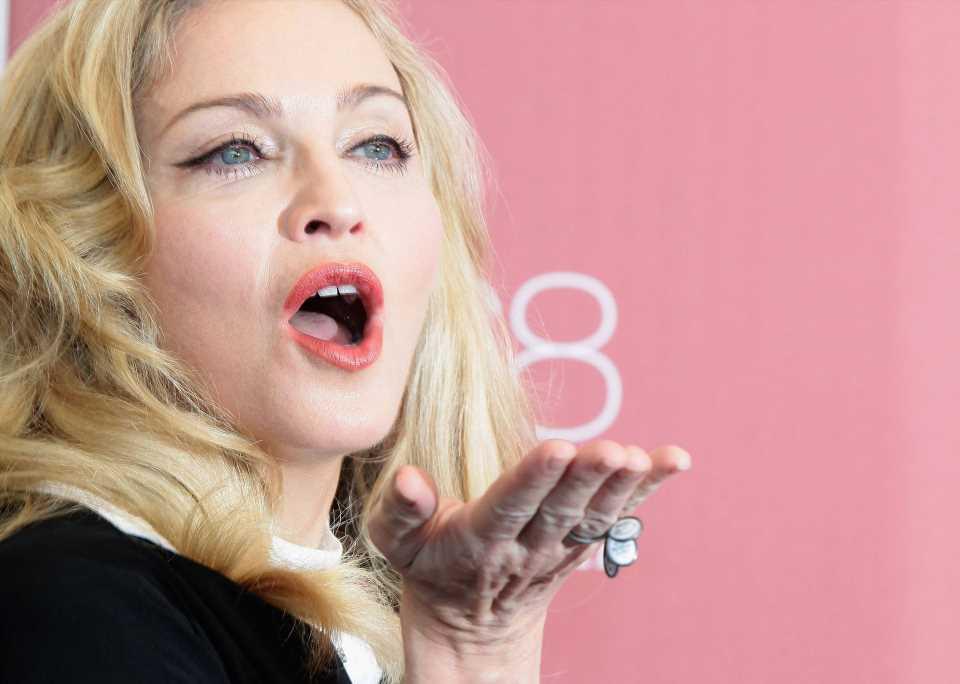 Madonna se une a la tendencia en uñas que está arrasando