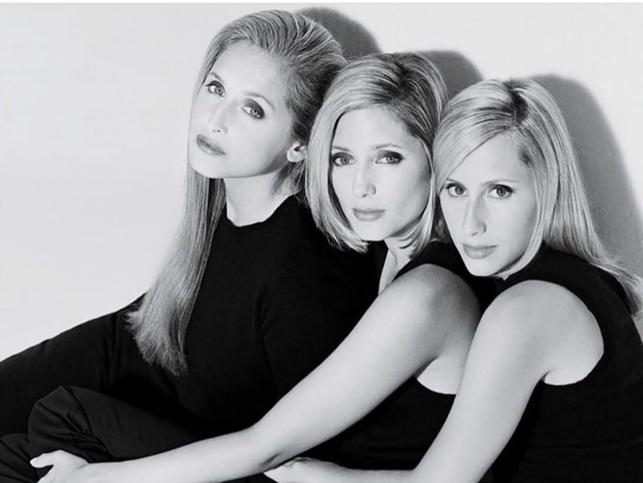 Marie-Chantal de Grecia y Alexandra von Fürstenberg: cómo las hermanas Miller pasaron de ser las it girls en los 90 a las princesas más admiradas de la realeza europea