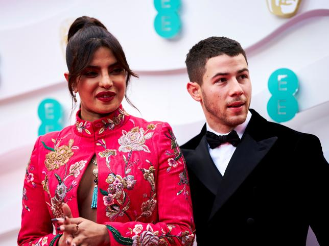 Priyanka Chopra y su guiño made in Spain en los Premios BAFTA 2021 que nos ha enamorado (y dos looks más de la alfombra roja que son un 10)