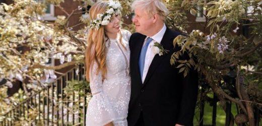 Alquilado por 50 euros y de estilo boho: el peculiar vestido de novia de Carrie Symonds, la ya esposa de Boris Johnson (y nueva primera dama de Reino Unido) tras su boda sorpresa y secreta