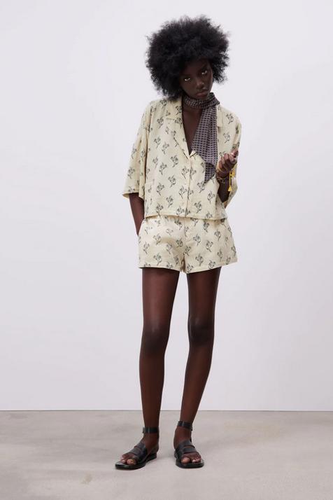 El conjunto pijamero de Zara que demuestra que esta tendencia tampoco nos abandonará con el buen tiempo