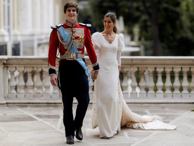 El espectacular vestido de novia corte imperio de Belén Corsini con el que ha revolucionado para siempre las bodas de la casa de Alba