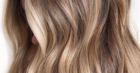 Los tres colores de pelo que más rejuvenecen a partir de los 50 y que son perfectos si buscas un cambio de look