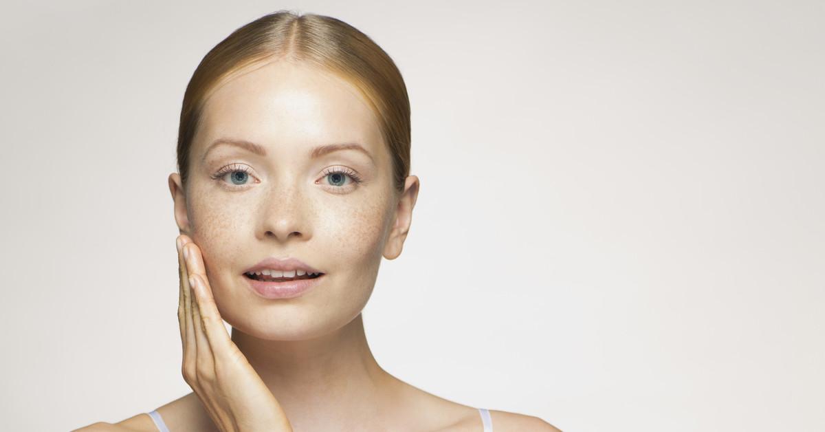 Seis cosméticos con ácido ferúlico, el poderoso activo antienvejecimiento