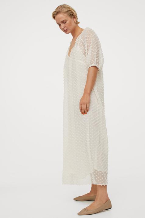 Si buscas un vestido cómodo, largo y bonito no te puedes perder este con el que vas a sacar mucho partido a tus bailarinas