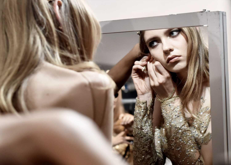 El Corte Inglés y L'Oréal España crean un espejo virtual