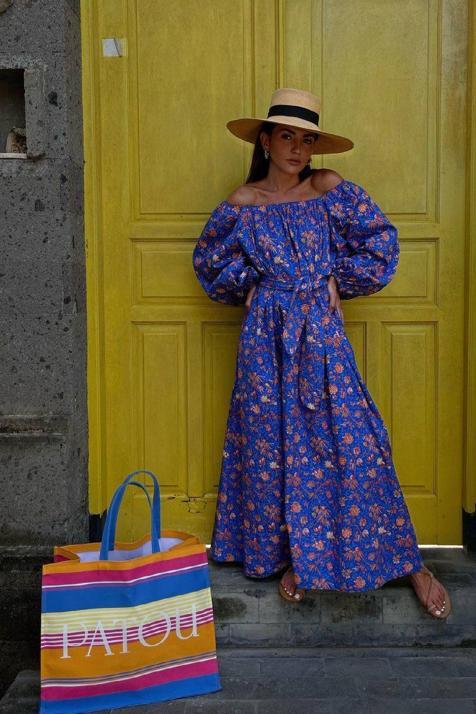 El vestido maxi con el que las influencers se adelantan al verano es de una firma francesa que está triunfando en Instagram