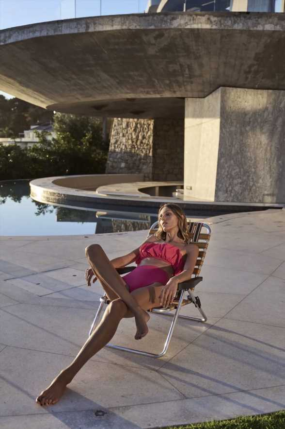 Lo último de Zara: una silla de playa y una nevera portátil