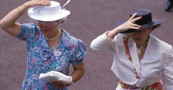Protocolo Snob para acertar con tu sombrero en las carreras de Ascot