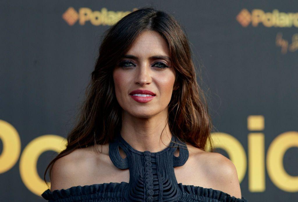 Sara Carbonero luce el conjunto de top y falda más deseado