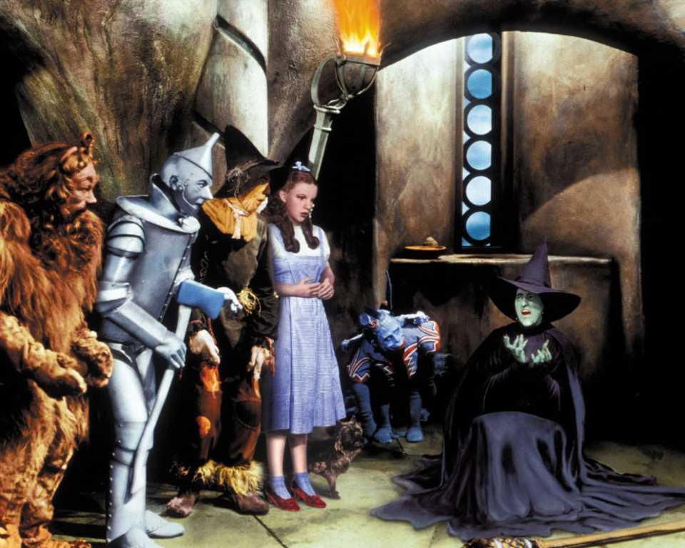 Aparece el vestido de Judy Garland en 'El mago de Oz' perdido