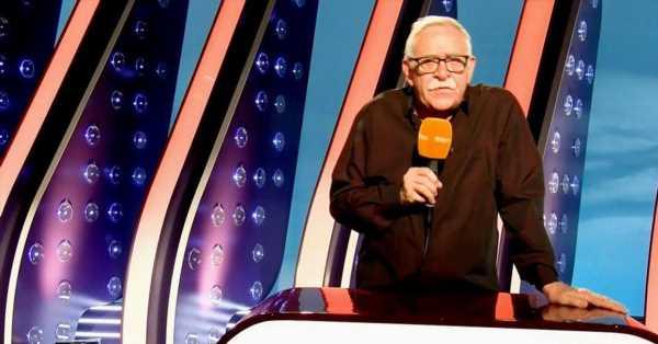 El lado personal de Juanjo Cardenal, la mítica voz de 'Saber y ganar' que dice adiós al programa tras 24 años