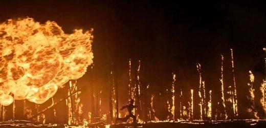 'En llamas', la lucha de un grupo de bomberos contra el fuego