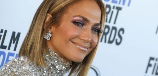 Jennifer Lopez revoluciona Instagram besando a Ben Affleck
