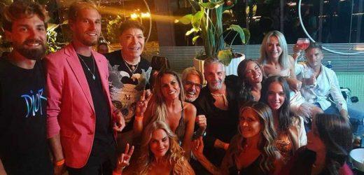 Los concursantes de 'Supervivientes 2021' lo dan todo en una noche de fiesta sin Olga Moreno