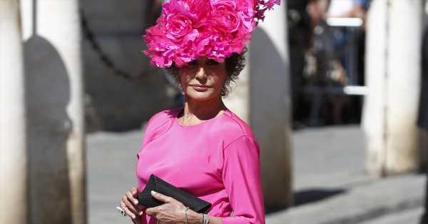 Naty Abascal derrocha 'glamour' en Cannes: vestida de Valentino y de cena con Sharon Stone