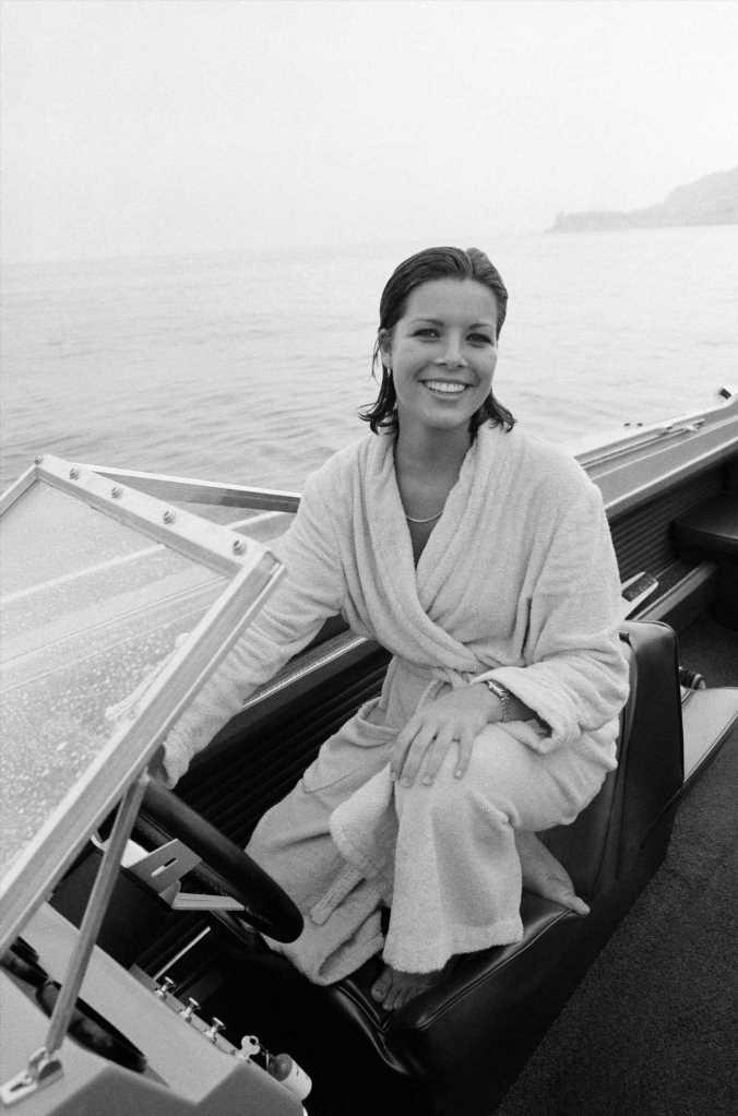 Carolina de Mónaco y la camiseta de rayas más elegante