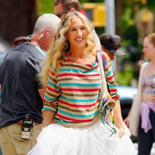 Carrie Bradshaw y el guiño renovado a su mítica falda de tul