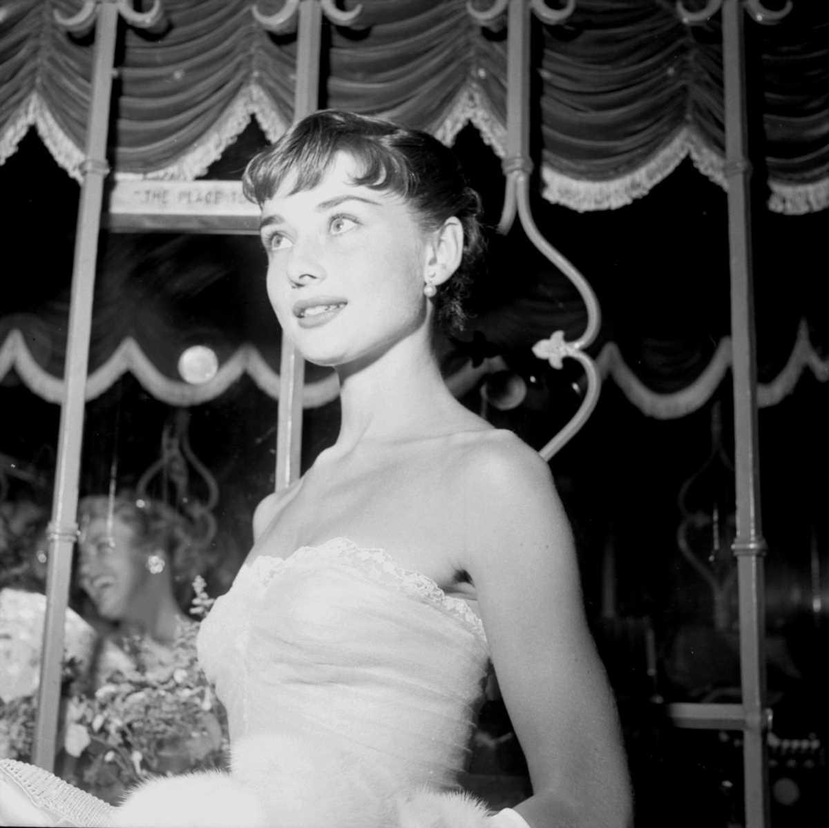 Según Dior y Zara, las bailarinas de Audrey Hepburn son tendencia