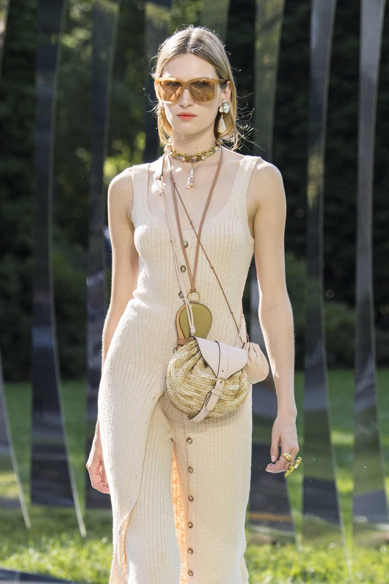 'Triple bags': la tendencia quiere que lleves tres bolsos