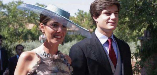 Belén Corsini deslumbra en la boda de su hermana María