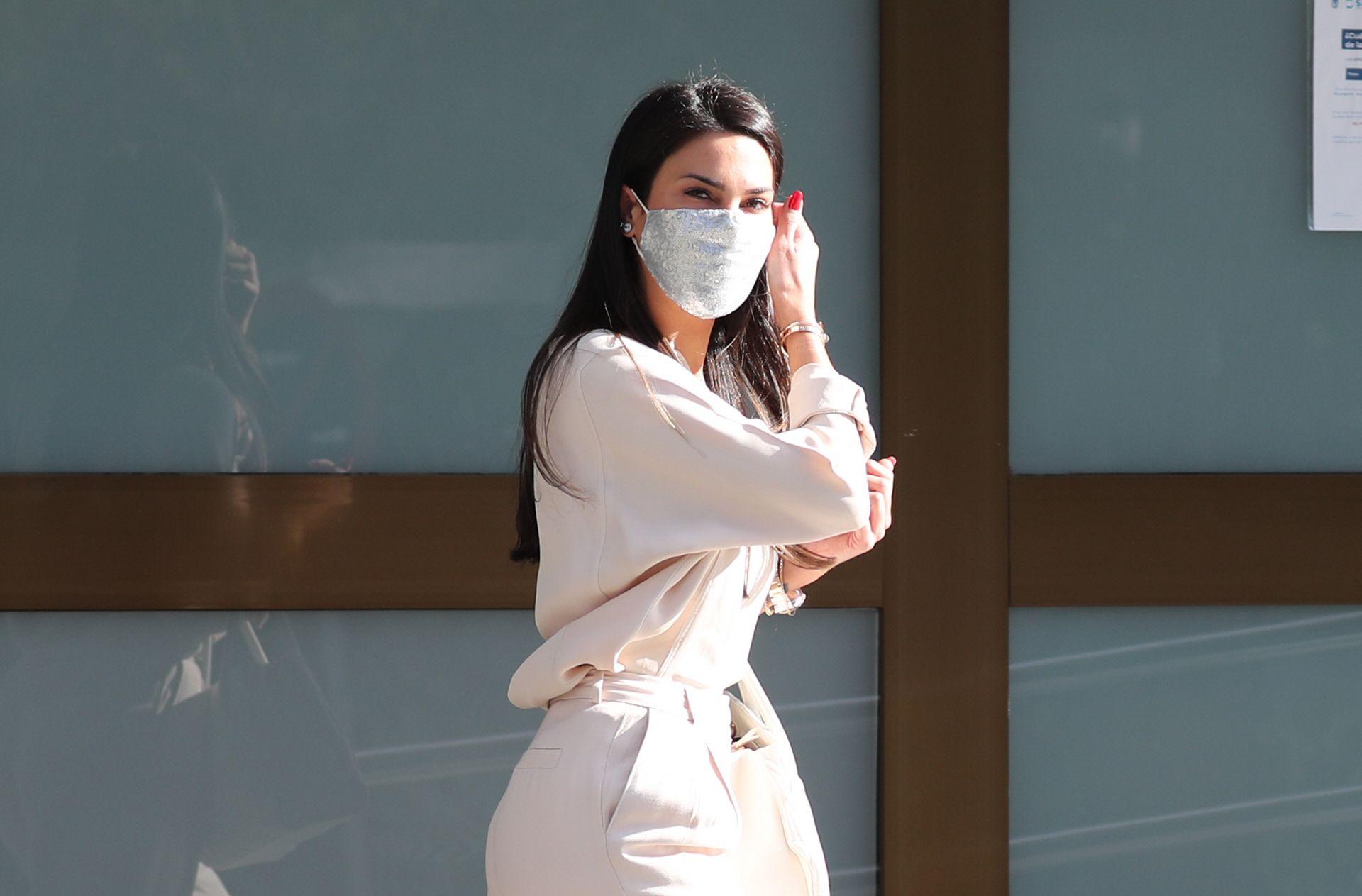 Carla Barber preocupa a sus seguidores con una foto desde el hospital