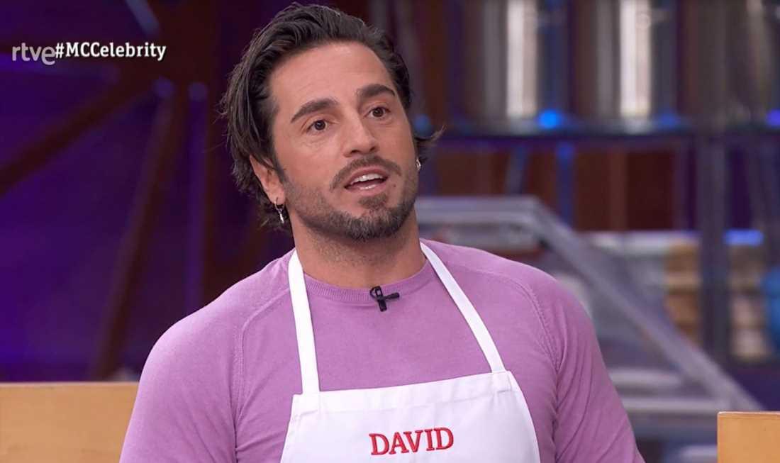 David Bustamante llena de supersticiones y ritmo 'MasterChef Celebrity'