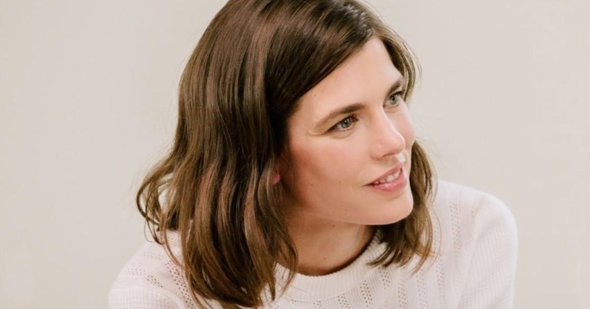 El cambio de imagen de Carlota Casiraghi: un corte de pelo 'long-bob' que dulcifica sus facciones