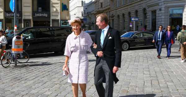 El fabuloso 'look' de la madre de Anunciata: pendientes heredados de Fabiola de Bélgica y conjunto de Chanel