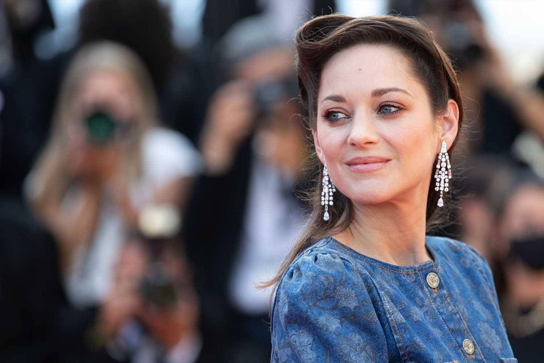 Los 10 looks que han convertido a Marion Cotillard en la francesa más chic de Hollywood