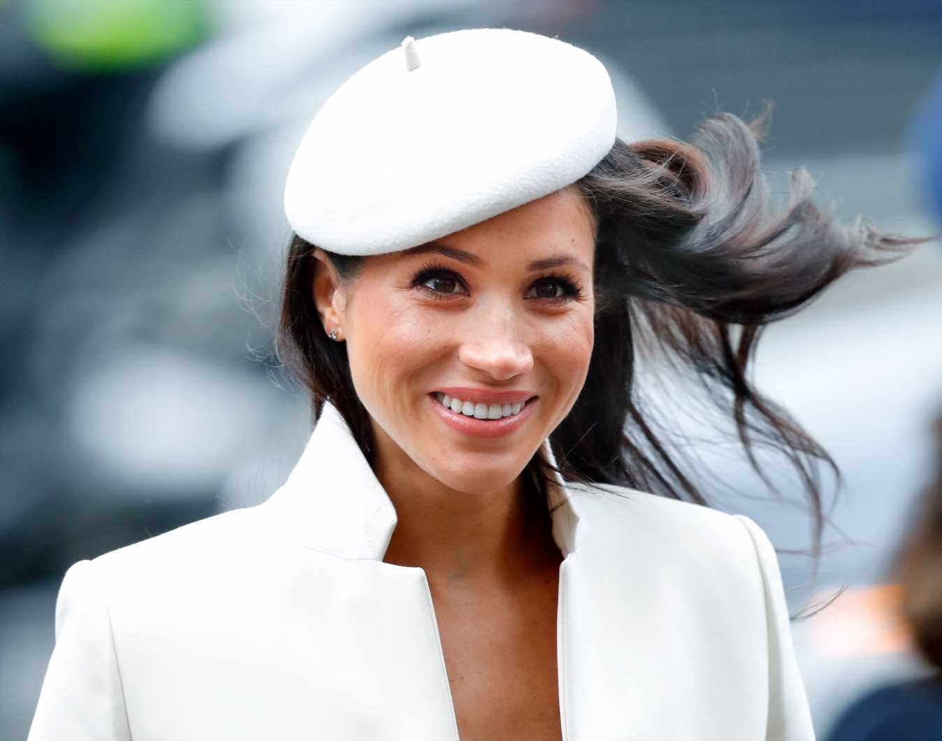 Meghan Markle rinde homenaje a Lady Di luciendo su reloj Cartier