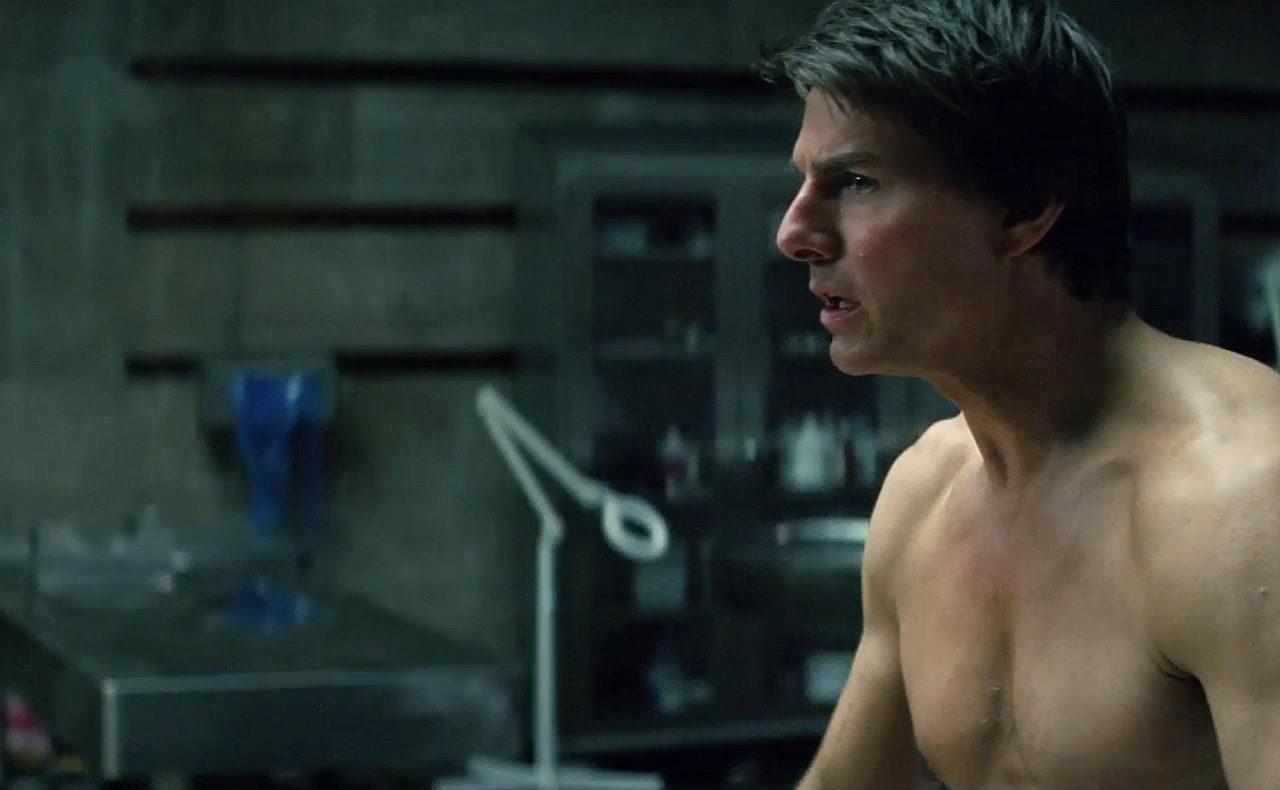 Tom Cruise descubre y resucita a 'La momia'