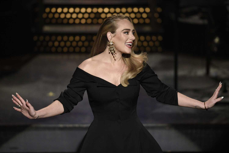 Adele y el 'extreme cat-eye' más buscado: así se consigue