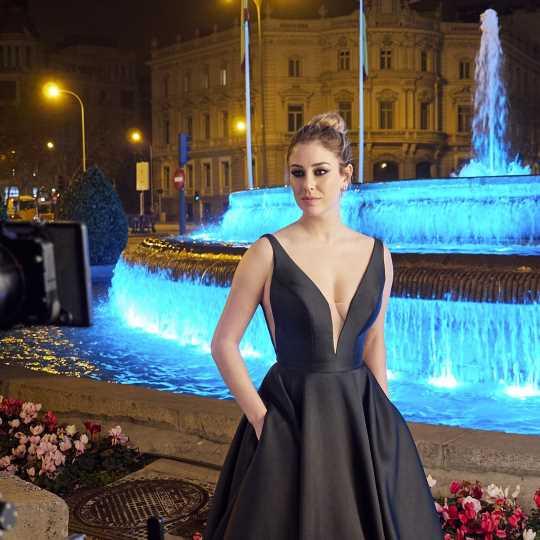 Blanca Suárez da vida al nuevo perfume de Angel Schlesser