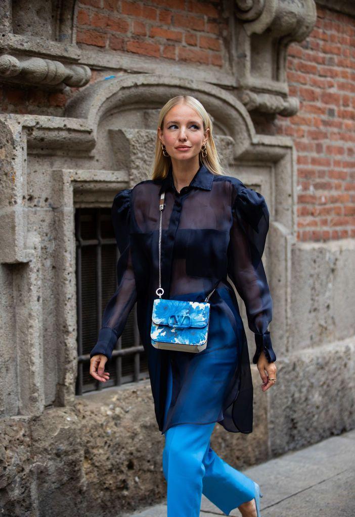 De organza y lunares: la camisa 'parisina' de Zara