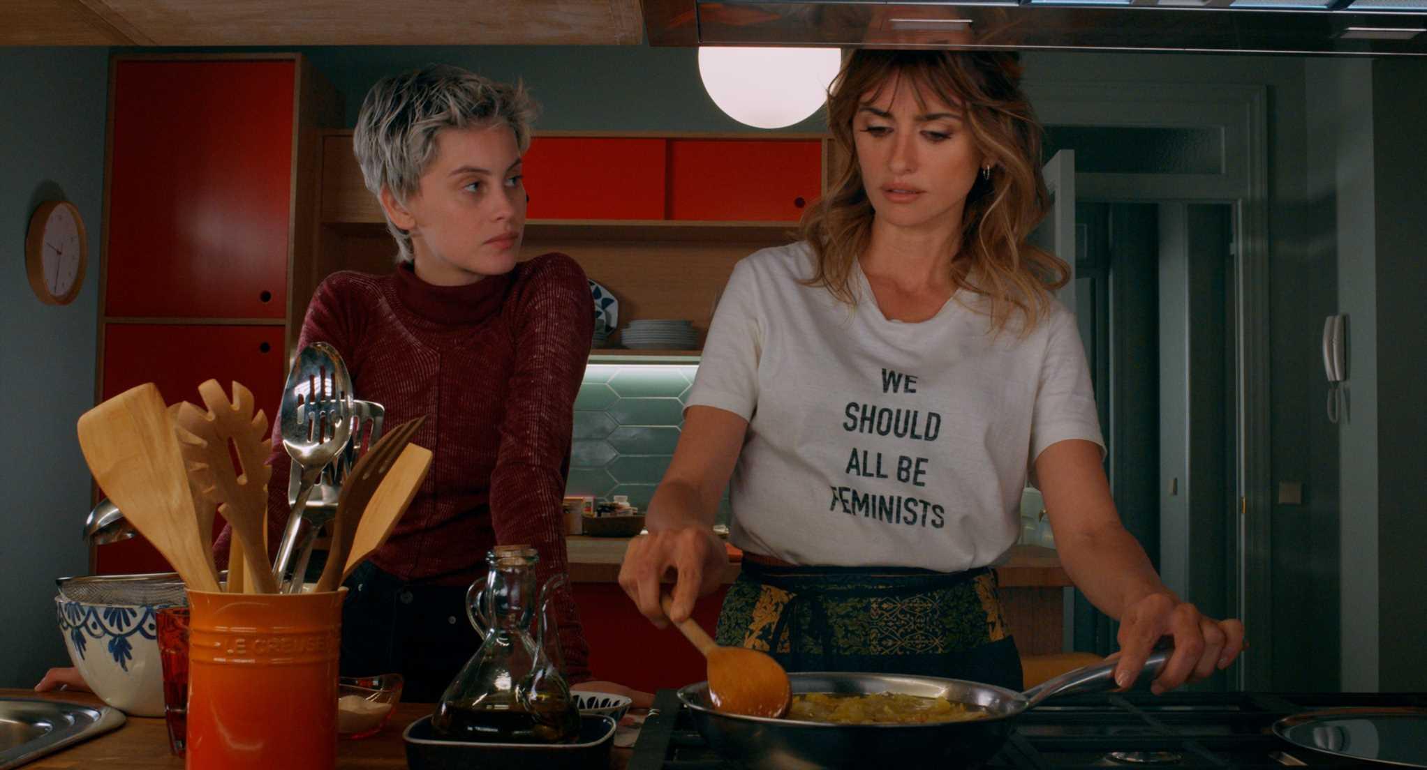 Penélope Cruz rescata la camiseta feminista viral de Dior
